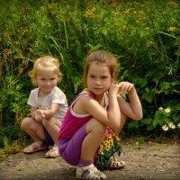 На прогулке с внучками! :: Владимир Шошин