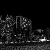 Неспящий город :: Виктор Зенин