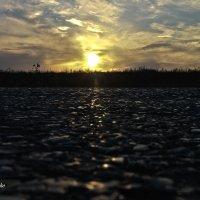 Закат над дорогой :: Сергей Руденко