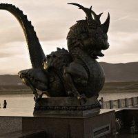 Кызыл. Фрагмент монумента Центр Азии :: Любовь Изоткина