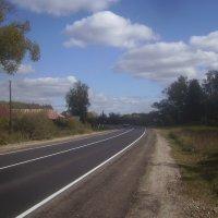 Дорога в Кобылинке :: Tarka