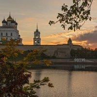 Древний город...восход... :: Виктор Грузнов