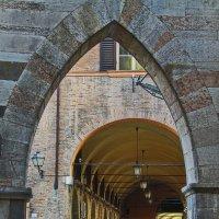 Ворота старой Модены :: M Marikfoto