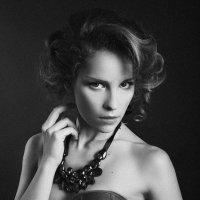 Girl :: Таня Куралович