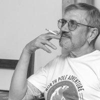 Портрет (курение вредит вашему здоровью) :: Евгений Дмитриев