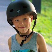 Шлем с чужого плеча... :: Александр Попов