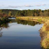 осенний пейзаж с рекой :: Maksim Dubinsky