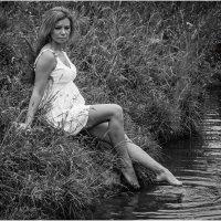 Женский портрет у пруда :: Борис Борисенко