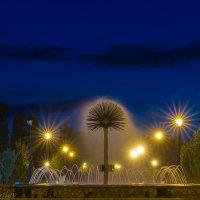 Ночной фонтан :: Леонид Соболев