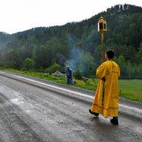 Крестный ход в горах Алтая :: Алексей Тырышкин