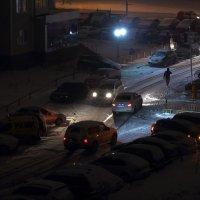 На улице ночь - во дворе снег... :: Виктор Коршунов