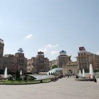 Киев, площадь Независимости :: Роман Шаров