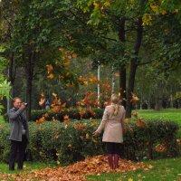 Хочу, чтобы был листопад!  (Подсматривая за чужой фотосессией) :: Андрей Лукьянов