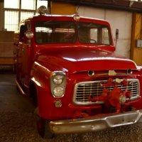 Пожарный автомобиль INTERNATIONAL HARVE 1959 года выпуска :: Владимир Болдырев