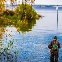 На осенней рыбалке.... :: игорь козельцев