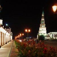 ночь,улица,фонарь..... :: Константин Бабкин
