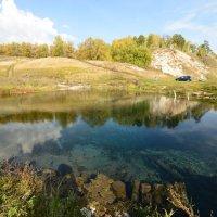 Голубое озеро :: redfox