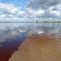 Между небом и водой :: Светлана Лысенко