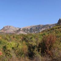 Осень в крымских горах :: Александр Казанцев