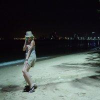 На пляже :: Людмила Огнева