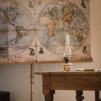 К уроку географии всё готово... :: Елена Лазовская