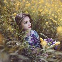 Незнакомка с цветами :: Мария Буданова
