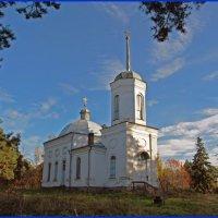 Старая церковь :: Валентин Кузьмин