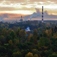 Храм и дым. :: Юрий Скрипченков