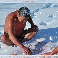 Эх,хорошо после баньки посидеть на снегу :: Лидия (naum.lidiya)