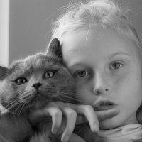 Портрет девочки с котом :: Дмитрий Шишкин