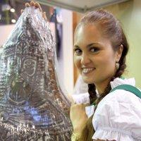 вот такой пряник,а девушка... :: Олег Лукьянов