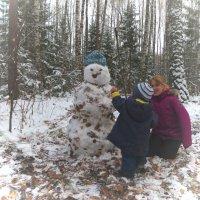 Снежно-осенняя баба :: Сергей Воронков
