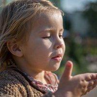 Воздушный поцелуй дарю!... и не нужны слова… :: Ирина Данилова