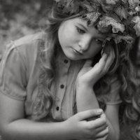 Пахнет осенью. Что-то необыкновенно грустное, приветливое и красивое. :: Любовь Кастрыкина