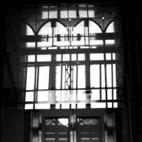 Старинное окно :: Вера Моисеева