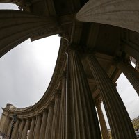 Колоннада Казанского собора :: Дмитрий Лебедихин