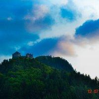 Замок на горе... :: Юлия