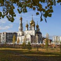Осенний собор :: юрий Амосов