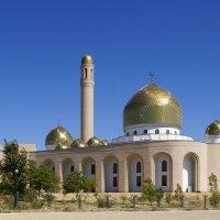 Актау. Мечеть :: Владимир Дороненко