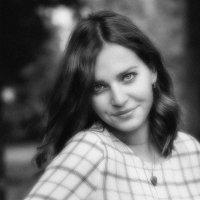 портрет в мягких тонах :: Евгений Никифоров