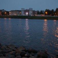 Вид с набережной Никитина на набережную Разина :: Елена Павлова (Смолова)