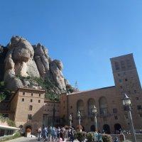 Монастырь на горе Монсеррат, Испания :: Tamara