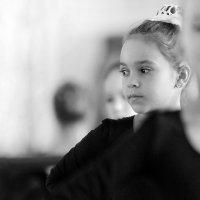 юная танцовщица :: виктор омельчук