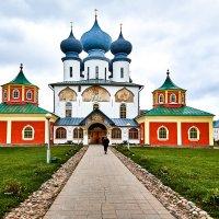 Тихвинский Успенский Богородичный мужской монастырь. :: Алексей Матвеев