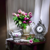 Старинные часы... :: Валентина Колова