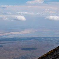 Вид на озеро Натрон (Танзания, октябрь 2015) :: Сергей Андрейчук