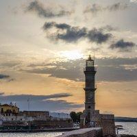 Маяк, г. Ретимно, о. Крит :: Андрей Володин