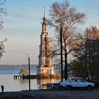 утро в городе на Волге :: Александр С.