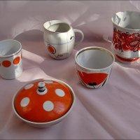 Старая посуда из 60-х... :: Нина Корешкова