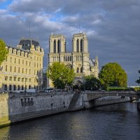 Собор Парижской Божьей Матери (2) :: Сергей Фомичев